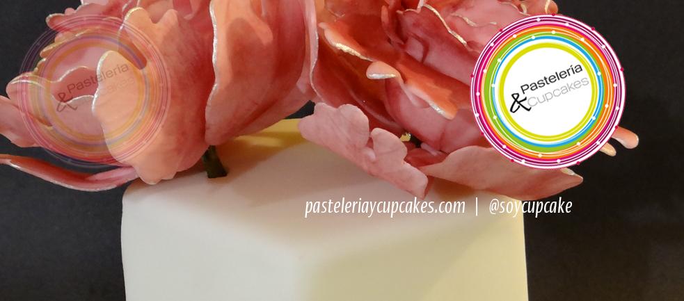 pastel de peonias y olanes