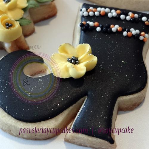 Galleta zapato de bruja, flor y confiteria